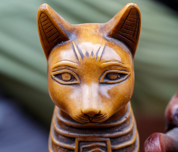 Statue of the Egyptian god cat.